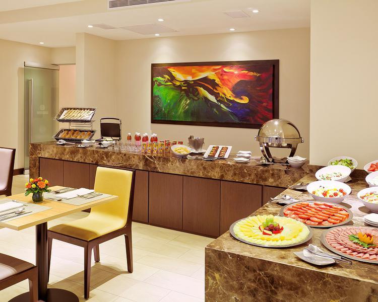 Breakfast and light dinner ESTELAR Calle 100 Hotel Bogota