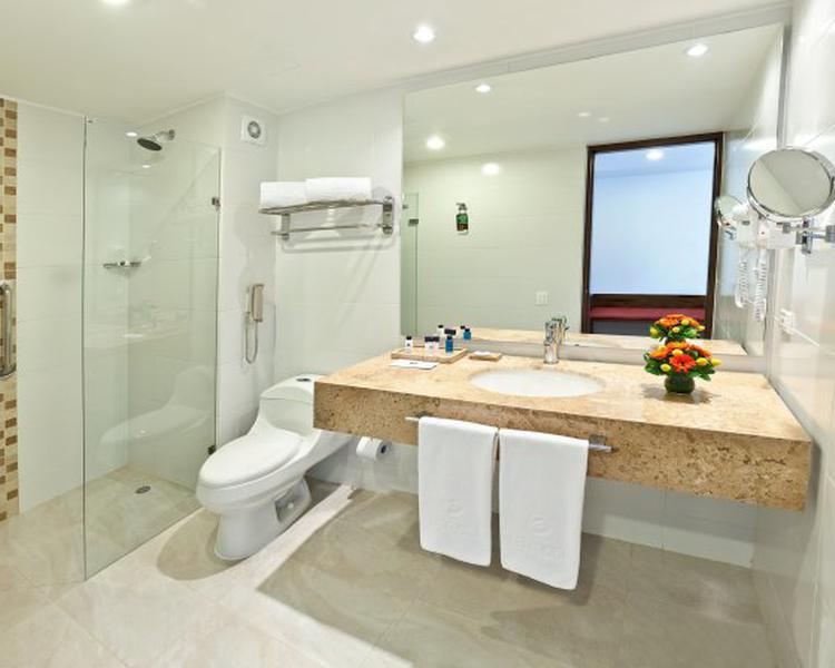 Bathroom ESTELAR Calle 100 Hotel Bogota
